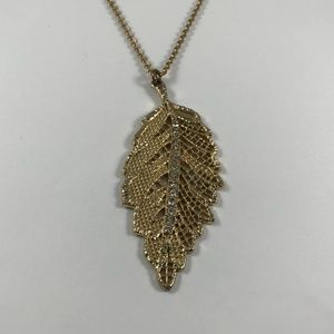 Vintage Gold Tone Leaf Necklace, Vintage Jewelry